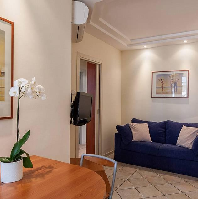 Apartment 84